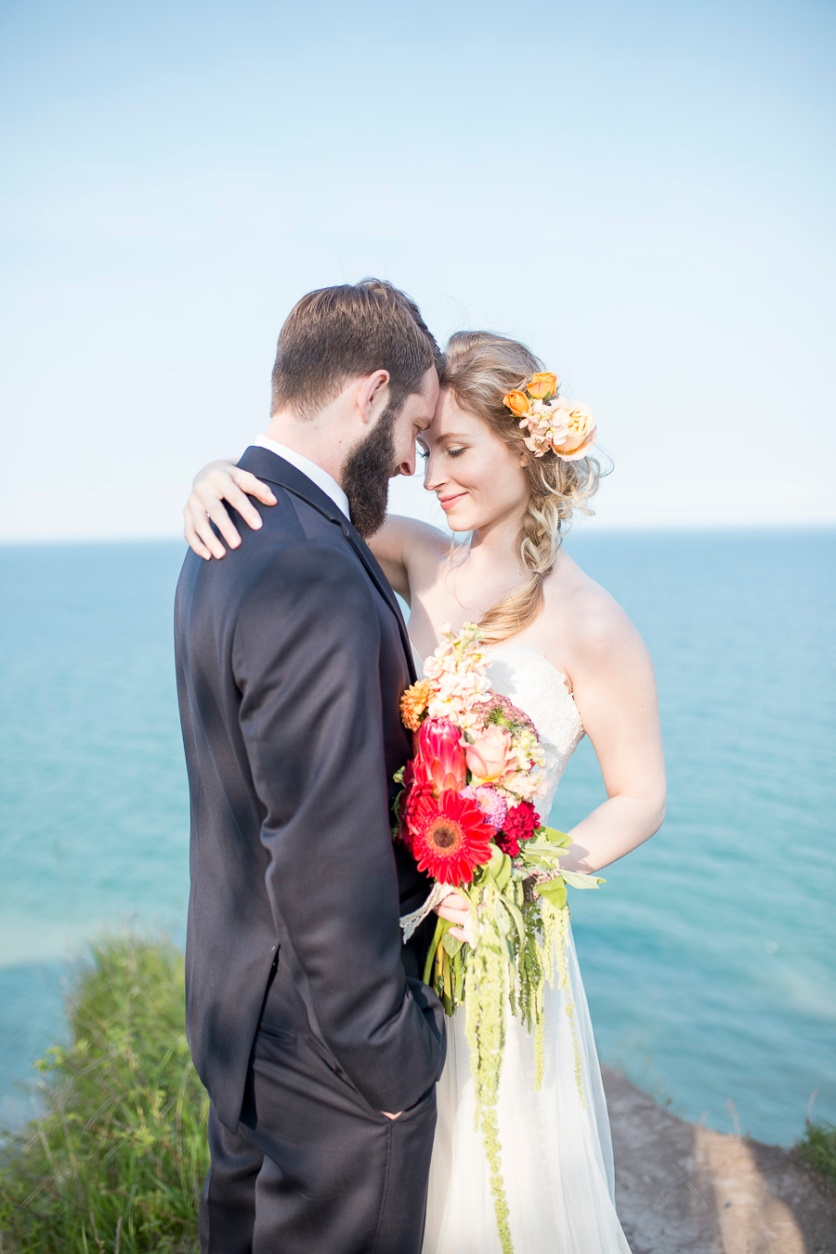 25-wedding-photographer-milwaukee-twin-lens-modern