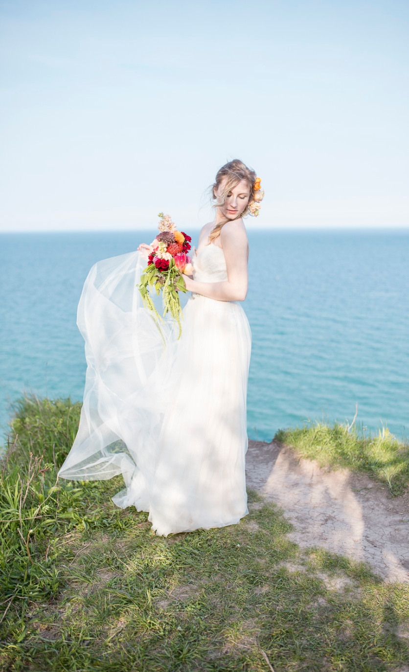 35-wedding-photographer-milwaukee-twin-lens-modern