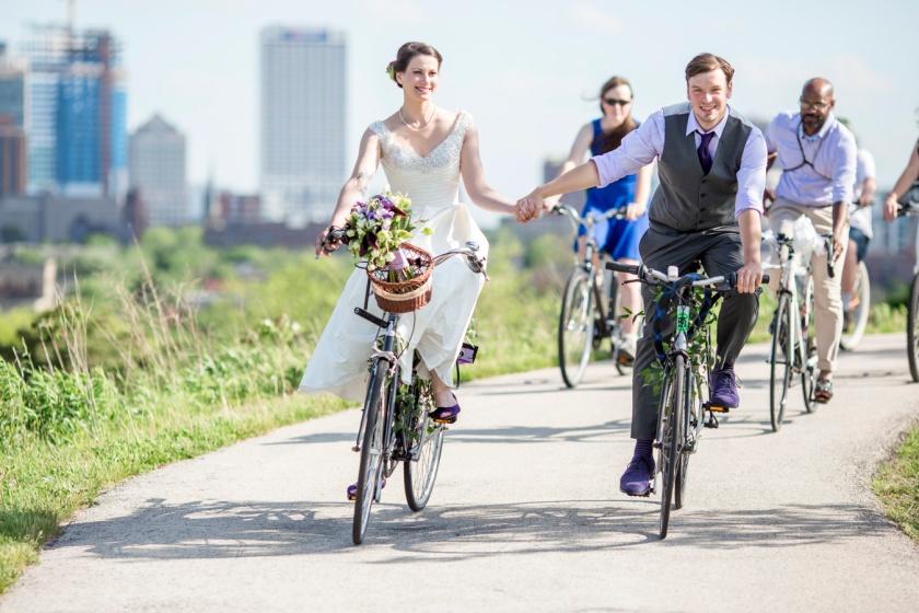 15-urban-ecology-center-milwaukee-wedding-photography