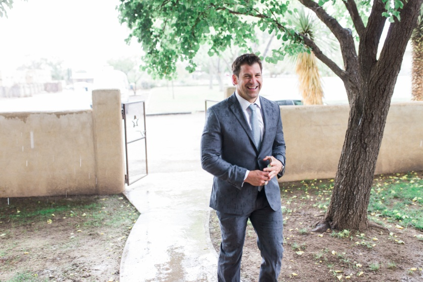 14-wedding-photography-marathon-austin-gage-hotel