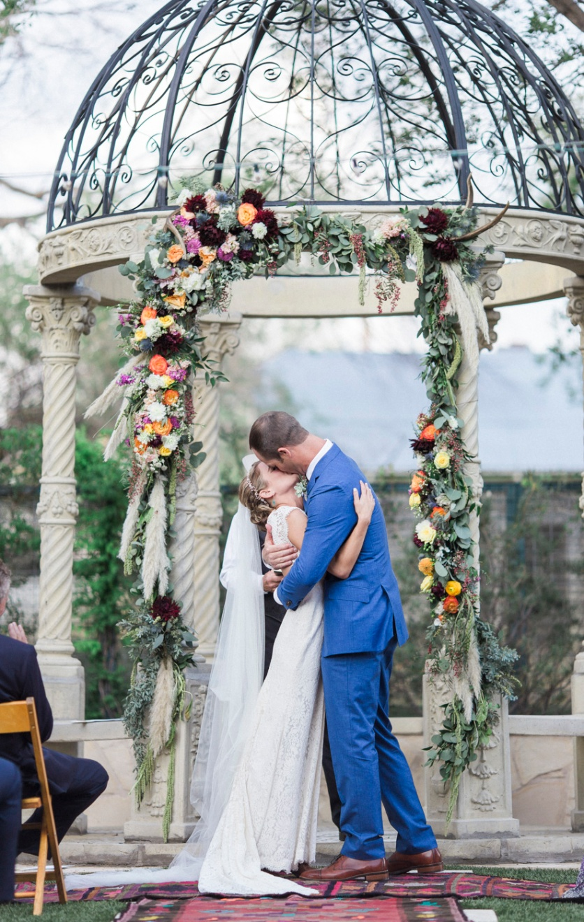 54-wedding-photography-marathon-austin-gage-hotel