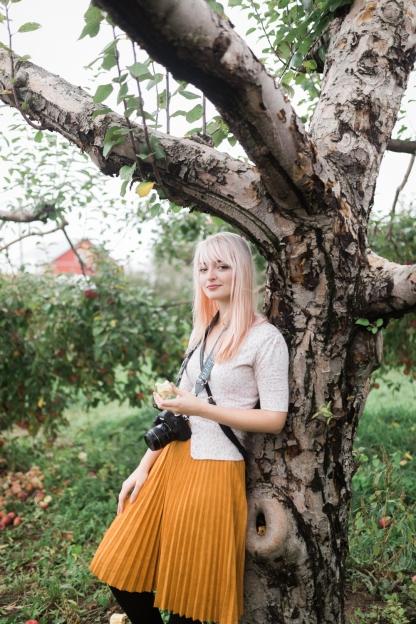 milwaukee-wedding-photographer-autumn-apple-orchard-4