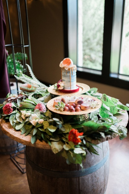 spicewood-vineyards-wedding-photographer-austin-photography-3-of-cups-floral-design-27