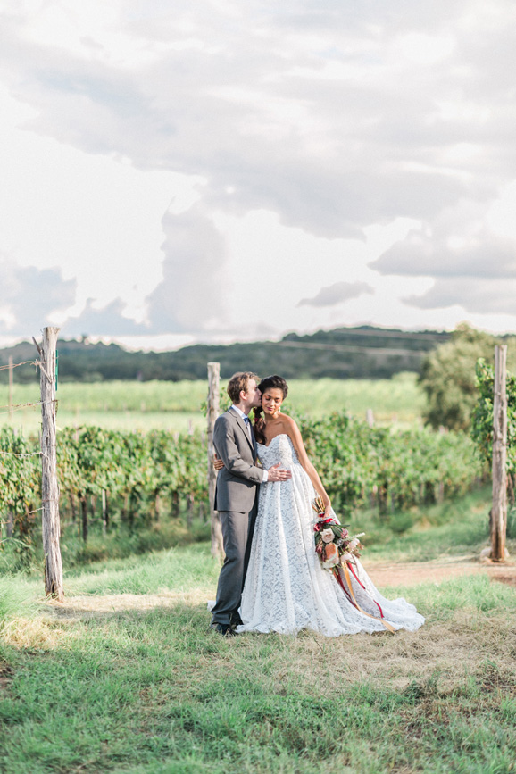 spicewood-vineyards-wedding-photographer-austin-photography-3-of-cups-floral-design-40