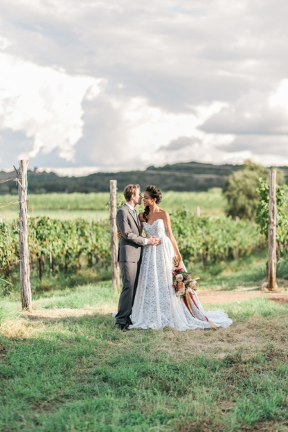 spicewood-vineyards-wedding-photographer-austin-photography-3-of-cups-floral-design-41