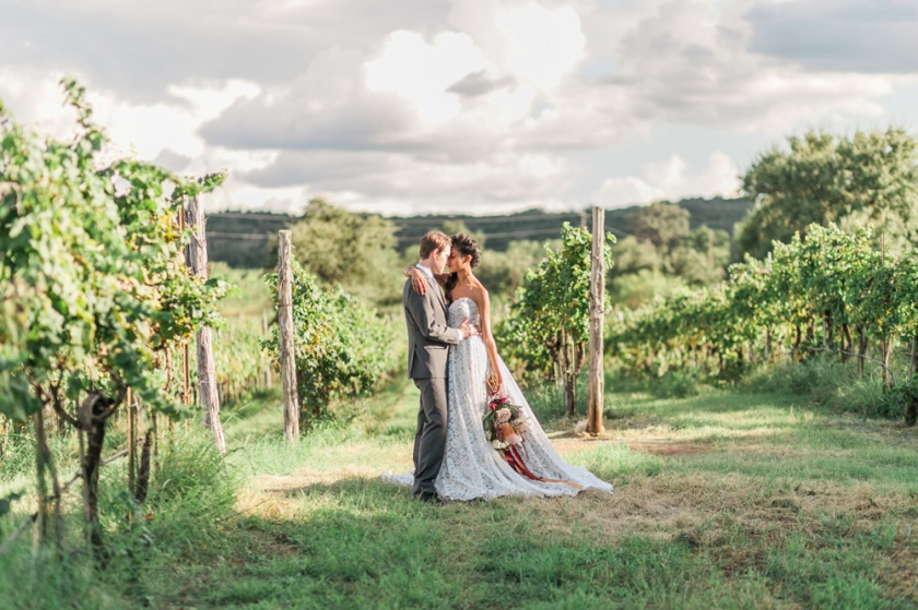 spicewood-vineyards-wedding-photographer-austin-photography-3-of-cups-floral-design-42
