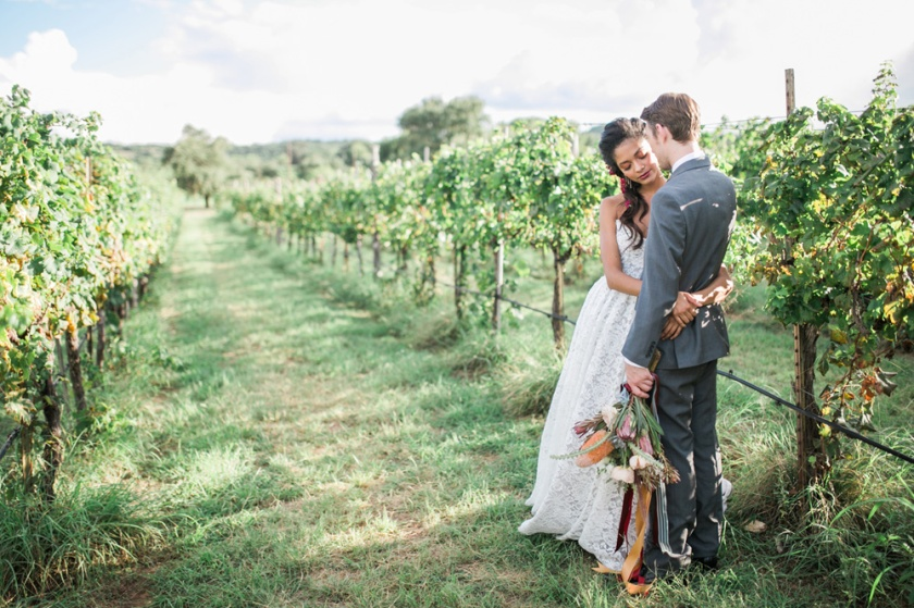 spicewood-vineyards-wedding-photographer-austin-photography-3-of-cups-floral-design-46