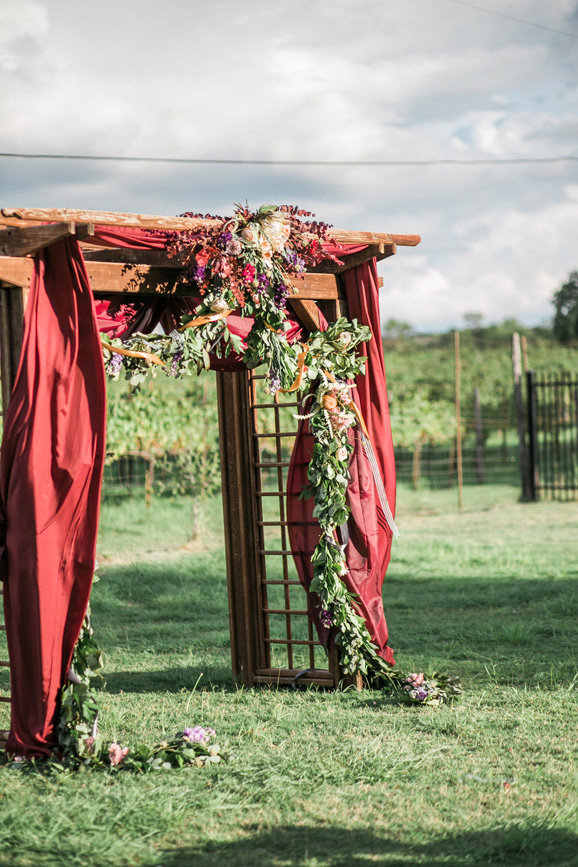 spicewood-vineyards-wedding-photographer-austin-photography-3-of-cups-floral-design-51