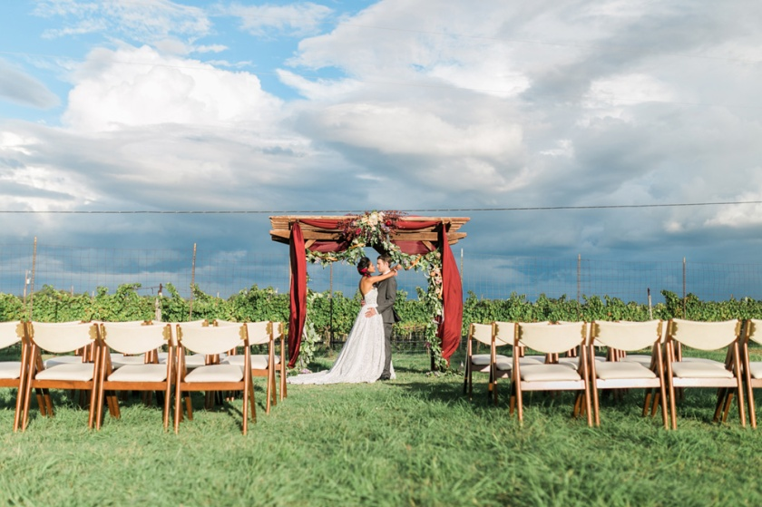 spicewood-vineyards-wedding-photographer-austin-photography-3-of-cups-floral-design-53