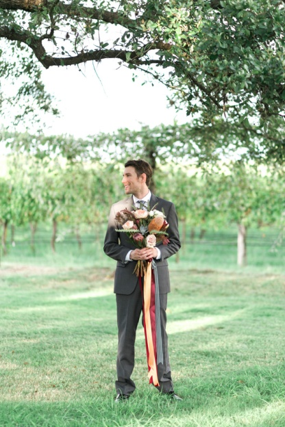 spicewood-vineyards-wedding-photographer-austin-photography-3-of-cups-floral-design-58